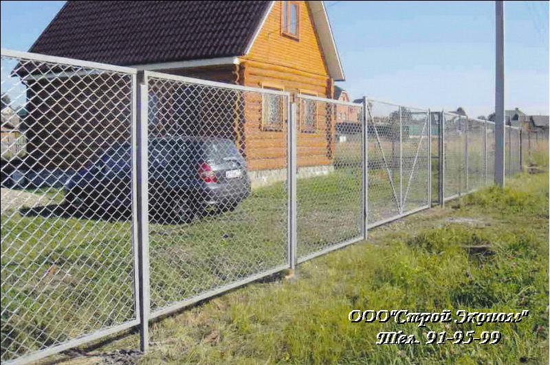 Забор из сетки рабицы: три способа изготовления сетчатого забора своими руками.