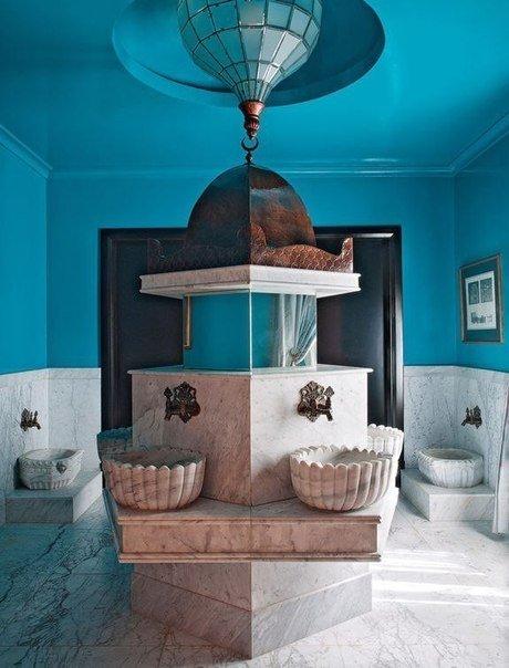 Кристофер Холл – практически коронованная особа в мире дизайна интерьеров...